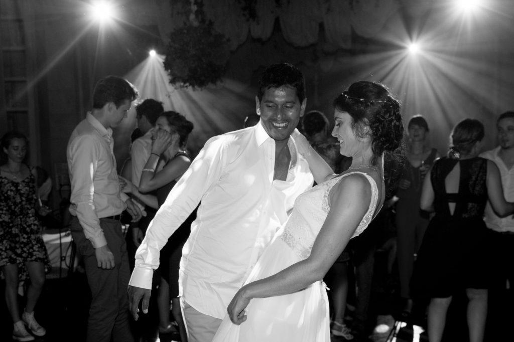 danse mariés noir et blanc